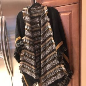 Lucky Brand fringed wrap